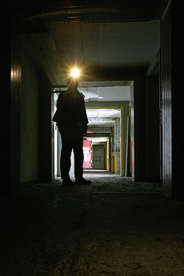 Gänge in einem Stasi-Bunker