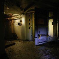 Drucktür eines Stasi-Bunkers, eine Tonne schwer