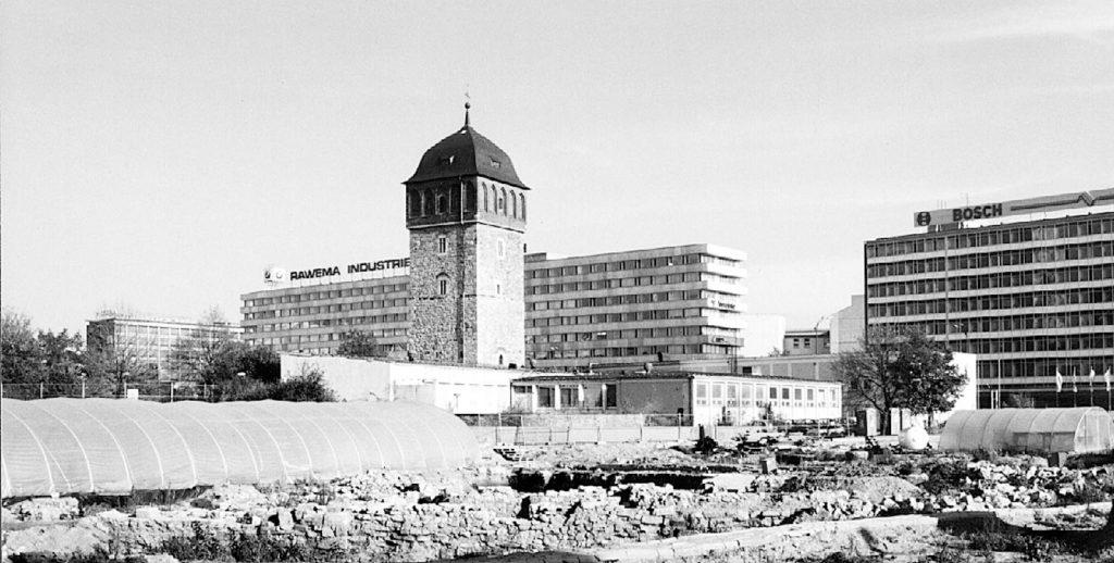 In Chemnitz wird die Innenstadt bebaut. Viele sind beteiligt. Ein heisser Herbst steht uns bevor.