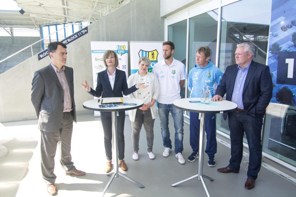Pressekonferenz beim CFC: v.l.n.r.: Mathias Hänel, Oberbürgermeisterin Barbara Ludwig, Nicole Oeser, Marc Endres, Sven Köhler, Stephan Beutel